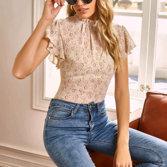 All-Over Print Butterfly Sleeve Top